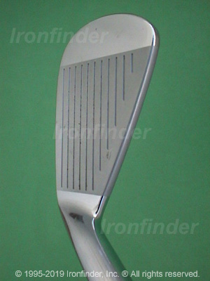 Face side of Mizuno MP-32 Irons head