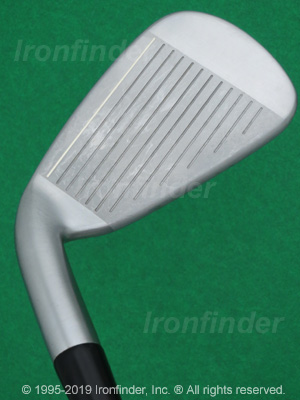 Face side of Cleveland CG4 Tour Irons head