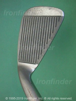Face side of Mizuno Champion Wide Sweet Area Irons head